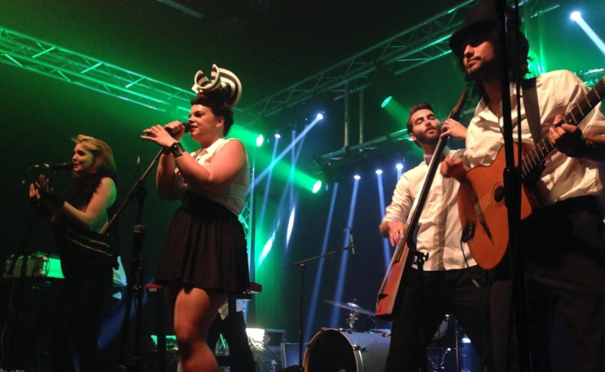 150 Jahre Postremise Chur, WAVING HANDS, ELECTRONIC SWING CIRCUS